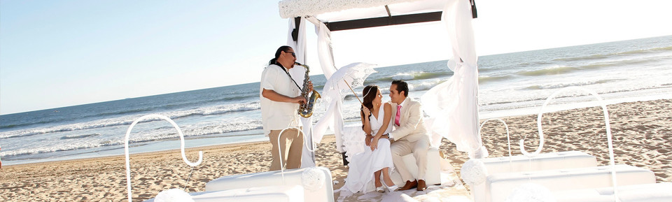 Plan a Wedding in Mazatlan